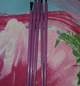 Кисточки для декоротивного лака для ногтей