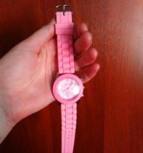 Часы (новые) Geneva