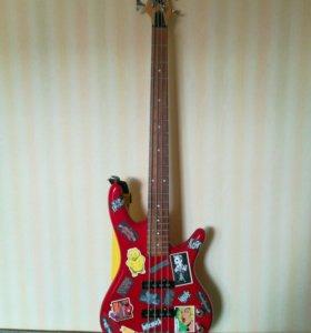 Крутая бас гитара Ibanez gio soundgear
