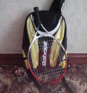 Ракетка и рюкзак для тенниса