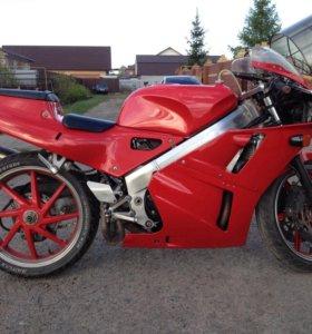 Мотоцикл Honda vfr400r nc30