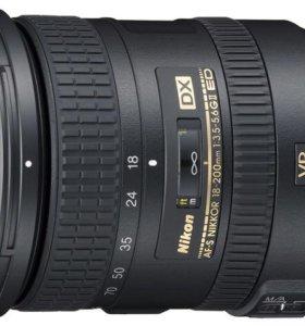 Объектив Nikkor 18-200mm