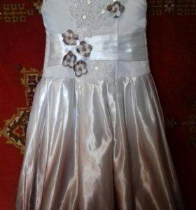 Шикарное платье на выпускной.