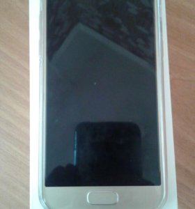 Смартфон Samsung a3 2017