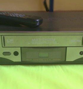 Видеоплеер Hitachi Video Cassette player P108