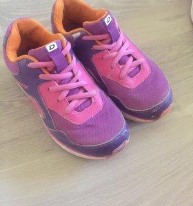 Кроссовки для девочки 33 размер