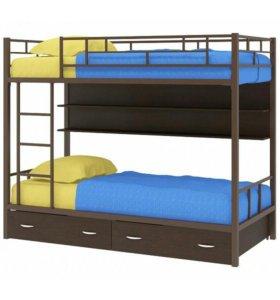 Металлическая двухъярусная кровать с полкой, ящики