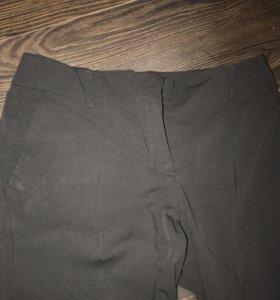 Лёгкие классический брюки 44-46