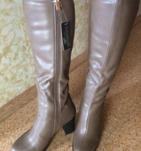 Новые зимние сапоги размер 38