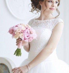 Красивое свадебное платье+подарок чехол и кринолин