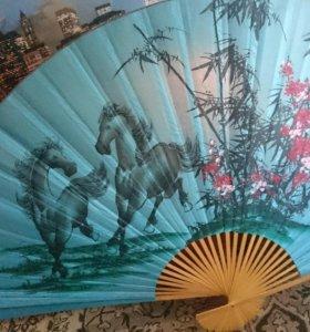Веер с лошадьми