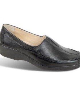 Туфли новые на 40 р-р