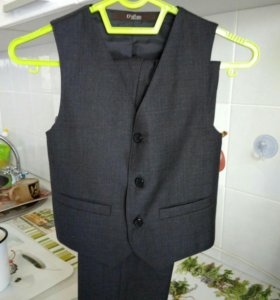 Костюм(брюки+ жилет)