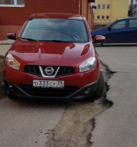 Nissan Qashqai 1.6CVT, 2013
