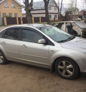 Ford Focus 2 2AT