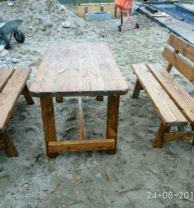 Стол с скамейками под сторену