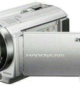 Sony DCR-SR88 диск 120 гб, 60x опт. ЖК-экран 6.7 с