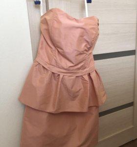 Платье на корсете, почти новое!