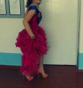 Продам платье выпускное!