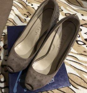 Продаю туфли бу