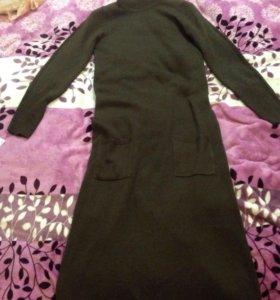 Платье шерстяное в пол
