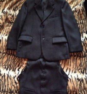 Пиджак новый + желет