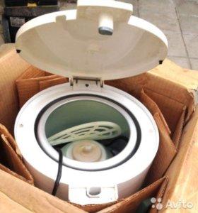 Новая центрифуга для отжима белья