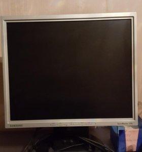 Монитор 17 '' Samsung SyncMaster 174T