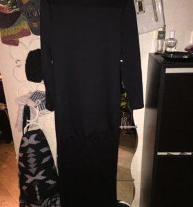 Платье с кружевом новое!