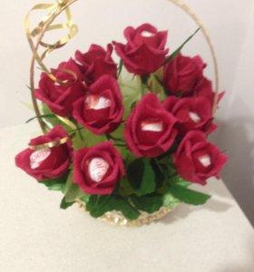 Сладкий букет из роз.