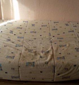Диван-кровать с чехлом