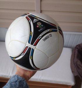 Оригинальный мяч фифа 2012, без швоф