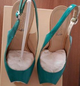Ремешковые туфли