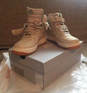 Кроссовки Nike Air Force 1 HI PRM