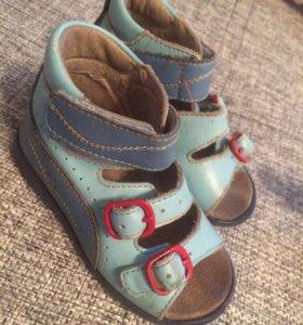 Ортопедические сандали р 21