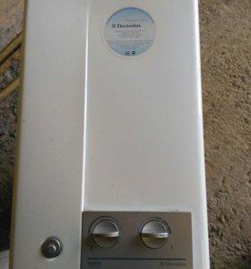 Газовый проточный водонагреватель Electrolux