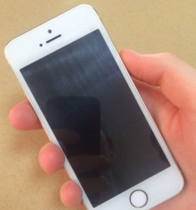 iPhone 5s на 16гб золотой