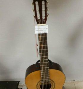 Классическая гитара Martinez 503