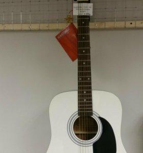 Акустическая гитара MARTINEZ 702