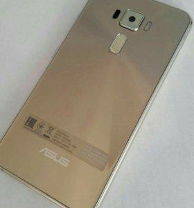 Продам телефон Asus Ze520KL