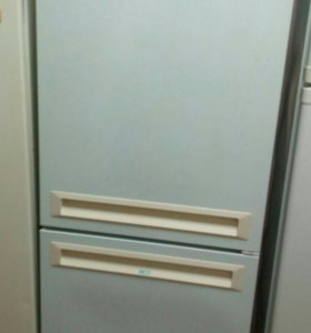 Холодильник б.у Stinol 275