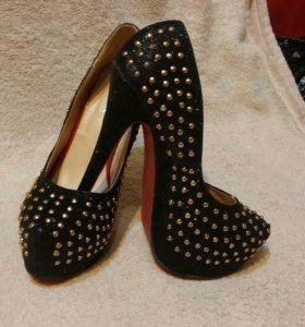 Новые шикарные туфли