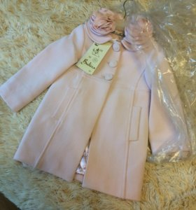 Новое пальто на девочку 3-4 г