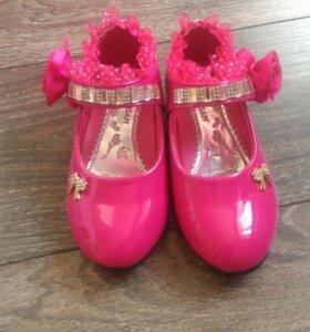Красивые новые туфельки