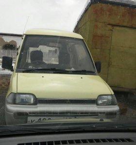 Mitsubishi minika toppo (1990)