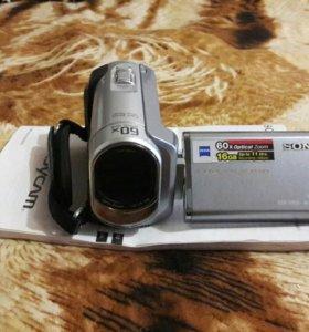 Цифровая видеокамера SONY