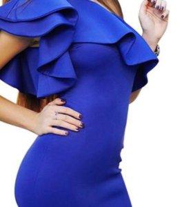 Новое платье 44-46 размер