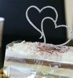 Красивое праздничное украшение на Свадебный торт