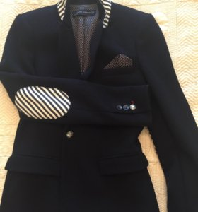 Пиджак Zara.