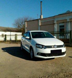 Volkswagen Polo 2013 год, 1.6 МТ 105 л.с.